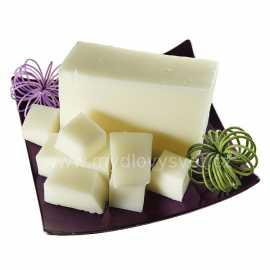 Mýdlová hmota s kozím mlékem 0,5kg