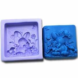 Silikonová forma na mýdlo králíček