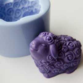 Silikonová forma na mýdlo a svíčku beránek IV.