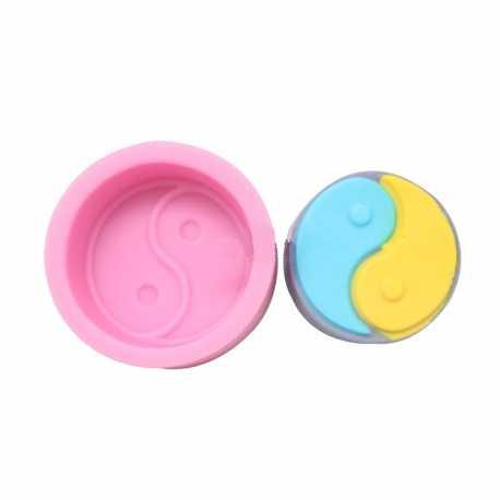 Silikonová forma na mýdlo jin a jang