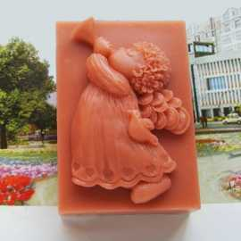 Silikonová forma na mýdlo andílek s trubkou