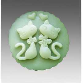 Silikonová forma na mýdlo zamilované kočičky