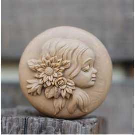 Silikonová forma na mýdlo dívka II.