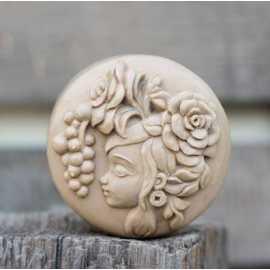 Silikonová forma na mýdlo dívka III.
