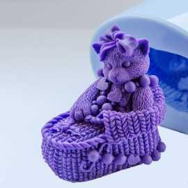 Silikonová forma na mýdlo a svíčku 3D kočička II.