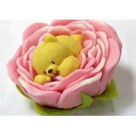 Silikonová forma na mýdlo včela na květu